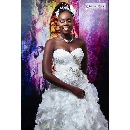 Sarah codjo robe de mariée 2 le club des audacieux.jpg
